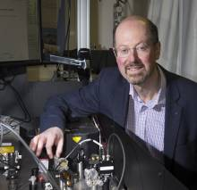Strathclyde Physics Professor wins international award for contribution to optics